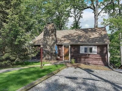 Morristown Single Family Home For Sale: 21 Hillcrest Ave