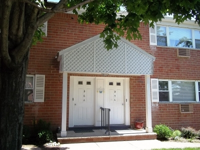 Parsippany Condo/Townhouse For Sale: 2467 Bldg 1,4a #4A
