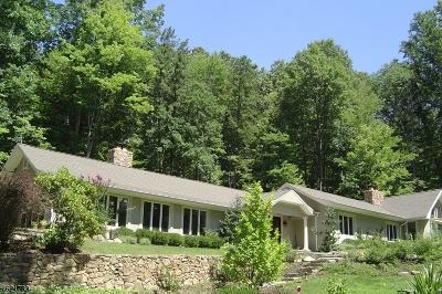 Bernardsville Boro Single Family Home For Sale: 241 Hardscrabble Rd