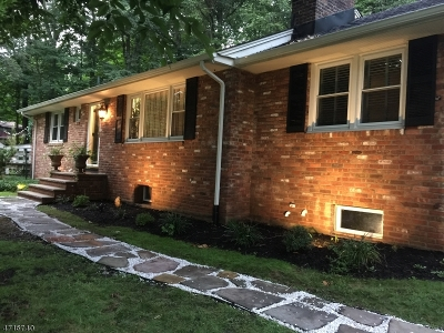 Warren Twp. Single Family Home For Sale: 102 King George Rd