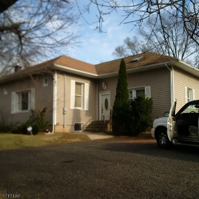 Piscataway Twp. Single Family Home For Sale: 640 S Randolphville Rd