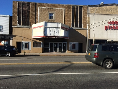 Bloomfield Twp. Commercial For Sale: 562 Bloomfield Ave #562