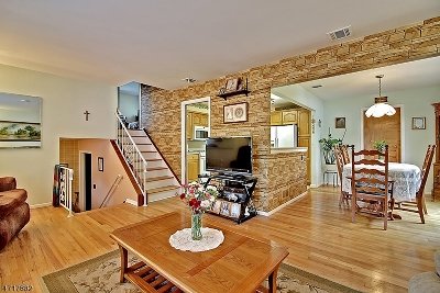 Union Twp. Single Family Home For Sale: 19 Elberson Court