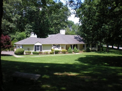 Morris Twp. Single Family Home For Sale: 24 Cromwell Dr