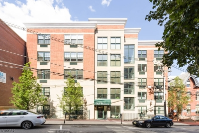 Morristown Town Condo/Townhouse For Sale: 7 Prospect St #708