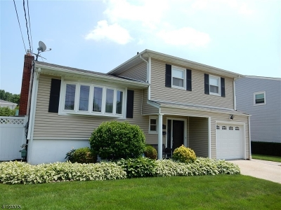 Rahway City Single Family Home For Sale: 2289 Desisto Dr