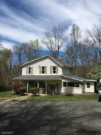 Morris Twp. Single Family Home For Sale: 5 Sussex Pl