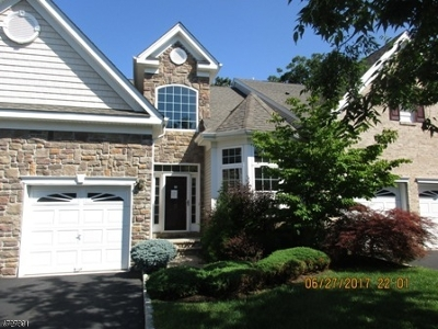 Old Bridge Twp. Condo/Townhouse For Sale: 5 Laysbeth Ct