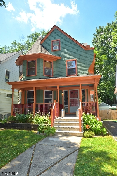 South Orange Village Twp. Single Family Home For Sale: 15 Riggs Pl