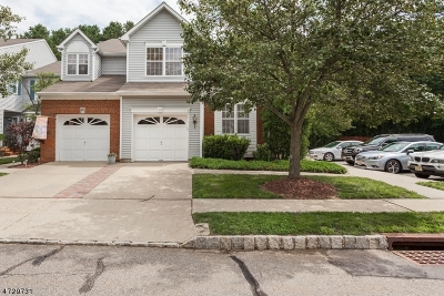Old Bridge Twp. Condo/Townhouse For Sale: 19 Ashley Dr