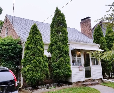 Clark Twp. Single Family Home For Sale: 104 Delia Ter