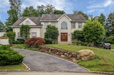 West Orange Twp. Single Family Home For Sale: 5 McGuire Dr