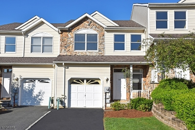Parsippany Condo/Townhouse For Sale: 166 Springhill Dr