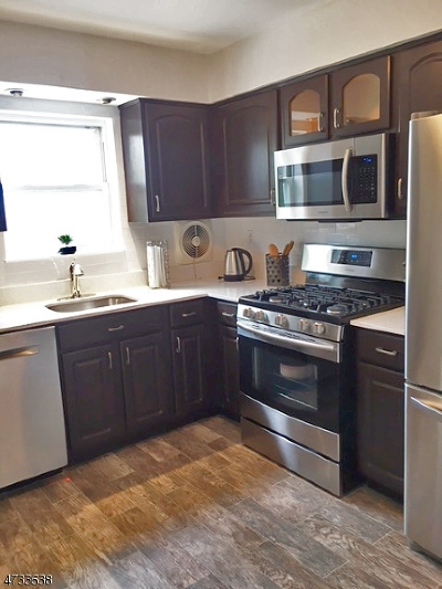 Parsippany Condo/Townhouse For Sale: 2467 Route 10 #5a