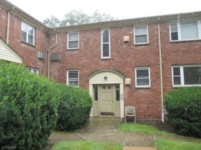 Springfield Twp. Condo/Townhouse For Sale: 300 Wilson Rd, Unit 22a #22A