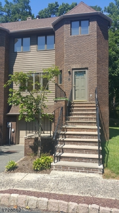 South Orange Village Twp. Condo/Townhouse For Sale: 6 Village Green Ct