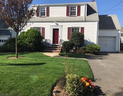 Union Twp. Single Family Home For Sale: 556 Winthrop Rd