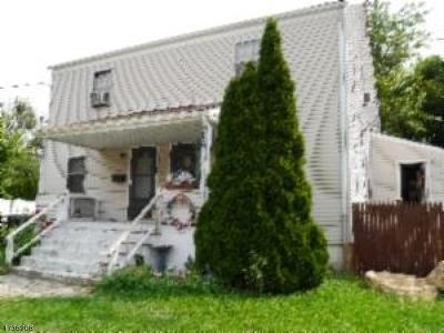 Woodbridge Twp. Multi Family Home For Sale: 18-20 Beech St