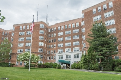 Montclair Twp. Condo/Townhouse For Sale: 10 Crestmont Ave 2 O #2 O
