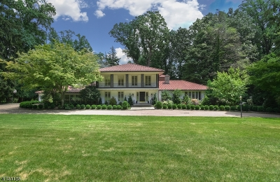West Orange Twp. Single Family Home For Sale: 65 Park Way