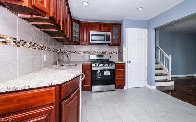 HILLSIDE Single Family Home For Sale: 306 Trinity Pl