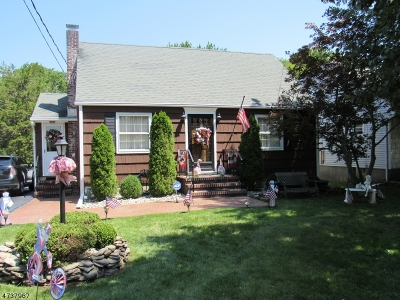Matawan Boro Single Family Home For Sale: 26 Middlesex Rd