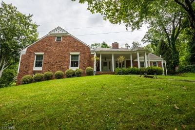 Chatham Twp. Single Family Home For Sale: 7 Sunset Ter