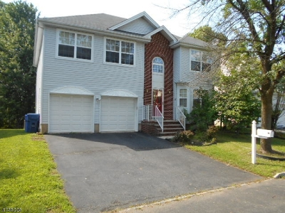 North Brunswick Twp. Single Family Home For Sale: 14 Springfield Rd