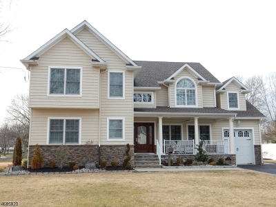 Clark Twp. Single Family Home For Sale: 45 Tudor Dr