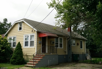 Old Bridge Twp. Single Family Home For Sale: 34 Summerfield Ave