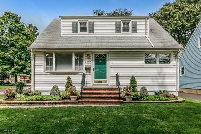 Scotch Plains Twp. Single Family Home For Sale: 2257 Evergreen Ave
