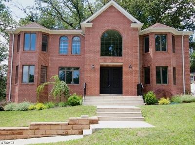 Long Hill Twp Single Family Home For Sale: 24 Torbert Rd