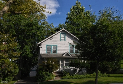 Cranford Twp. Single Family Home For Sale: 420 Brookside Pl