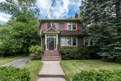 Maplewood Twp. Single Family Home For Sale: 12 Suffolk Ave