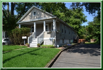 Piscataway Twp. NJ Single Family Home For Sale: $195,000