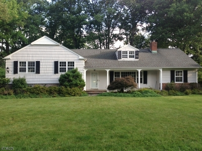 Millburn Twp. Single Family Home For Sale: 30 Wordsworth Rd