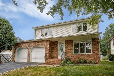 Union Twp. Single Family Home For Sale: 840 Creslyn Ct