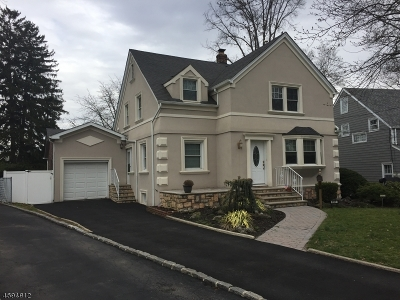 Union Twp. Single Family Home For Sale: 157 Indian Run Pkwy