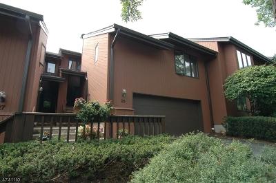 West Orange Twp. Condo/Townhouse For Sale: 25 Mullarkey Dr