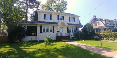 Single Family Home For Sale: 822 Central Ave