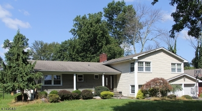 West Orange Twp. Single Family Home For Sale: 33-49 Ridge Rd