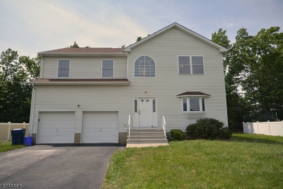North Brunswick Twp. Single Family Home For Sale: 10 Gwyn Ave