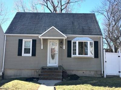 Woodbridge Twp. Single Family Home For Sale: 11 Bucknell Ave