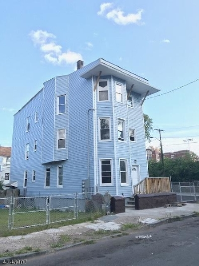 Paterson City Multi Family Home For Sale: 27 Rose St