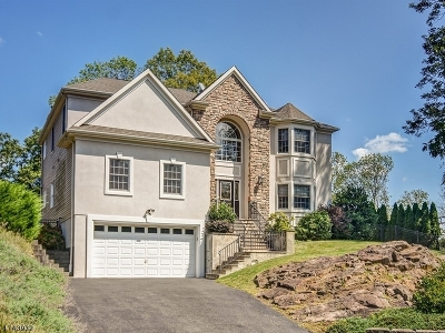 Berkeley Heights Twp. Single Family Home For Sale: 7 Old Cannon Rd