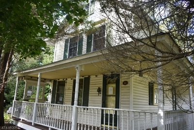 Marlboro Twp. Single Family Home For Sale: 18 Wooleytown Rd