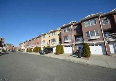 Elizabeth City Condo/Townhouse For Sale: 5 Harbor Front Plz A5