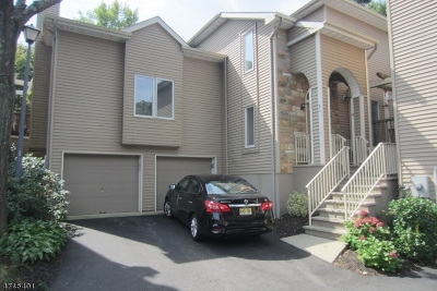 West Orange Twp. Condo/Townhouse For Sale: 71 Clarken Dr