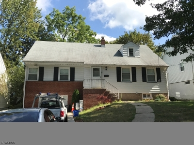West Orange Twp. Single Family Home For Sale: 8 Bryn Mawr Rd