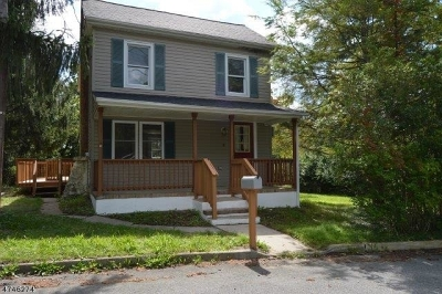 Glen Gardner Boro, Hampton Boro, Lebanon Twp. Single Family Home For Sale: 10 Smith St